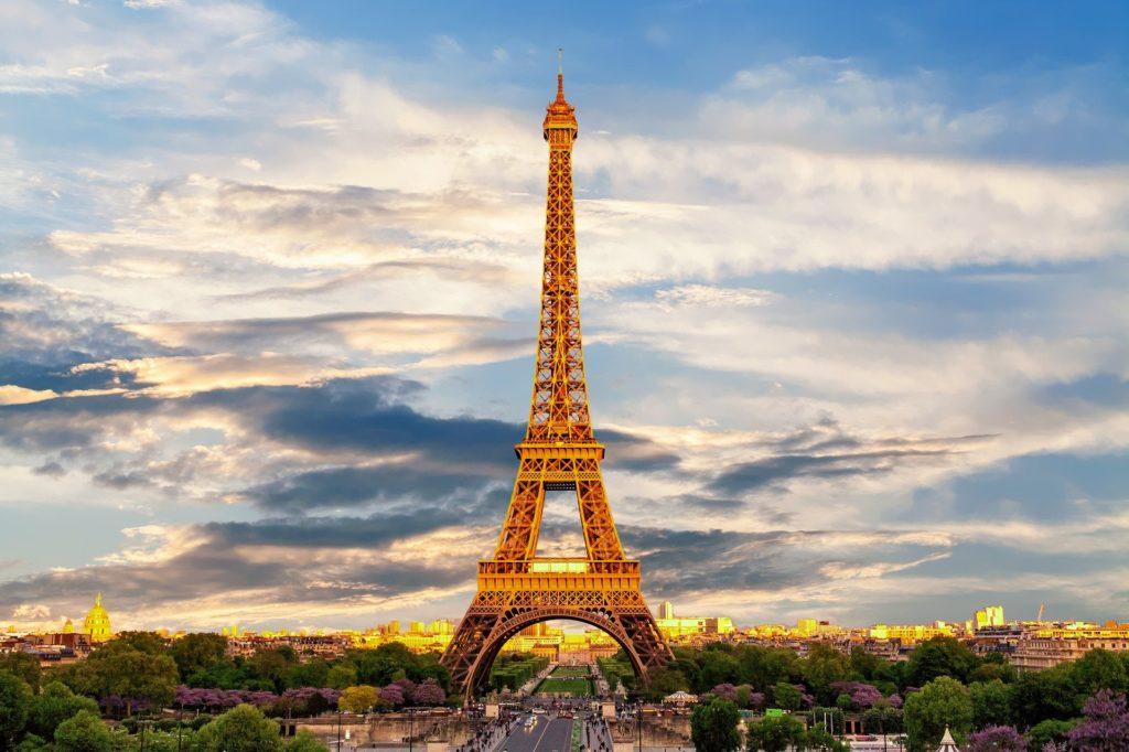 babysitter paris : une photo de la tour Eiffel
