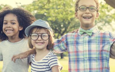 Booster le développement social des enfants : comment faire ?