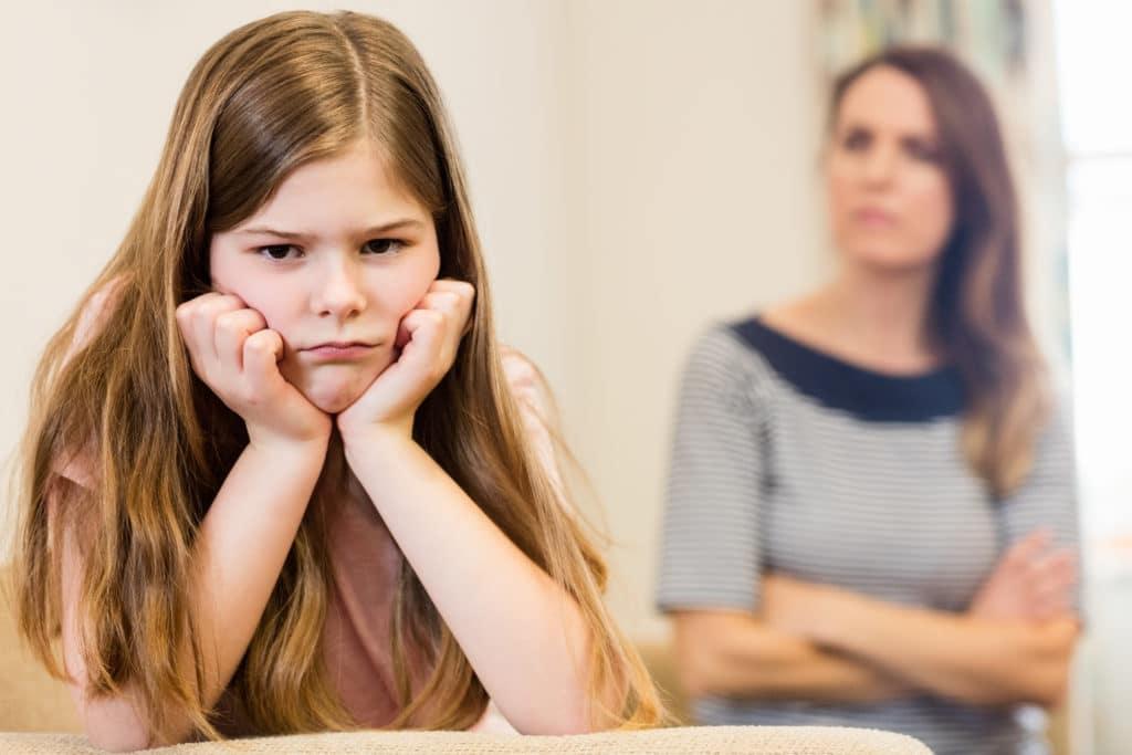 Enfant refuse de manger : réactions à éviter
