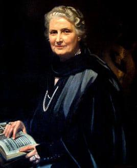 Une peinture du portrait de Maria Montessori tenant un livre