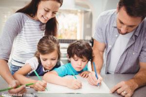 dictée cm1 : photo de famille entre de faire les devoirs des enfants tous ensemble