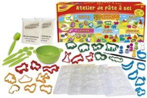 Le kit pour un atelier de pâte à sel