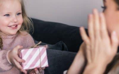 Cadeau fête des mères DIY : 5 idées à réaliser avec les enfants