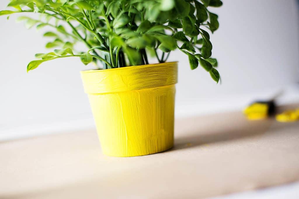 bricolage printemps pot