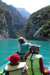 Activité nautique : kayak en famille